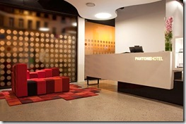 pantone-hotel1